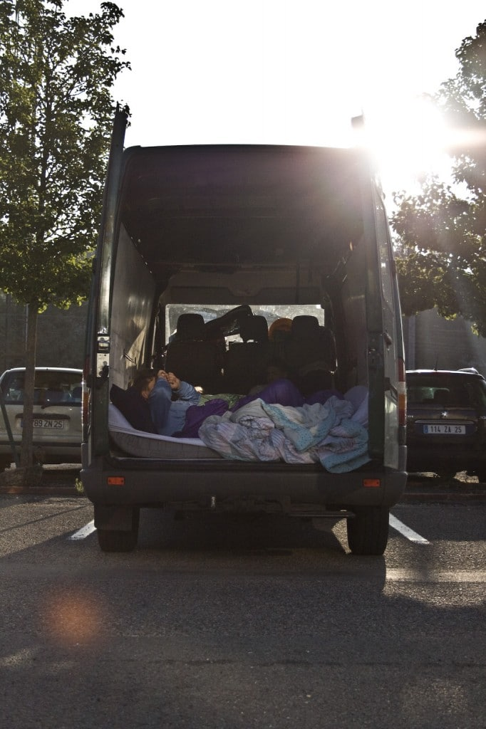 Schlafen im Bus - Die erste Nacht